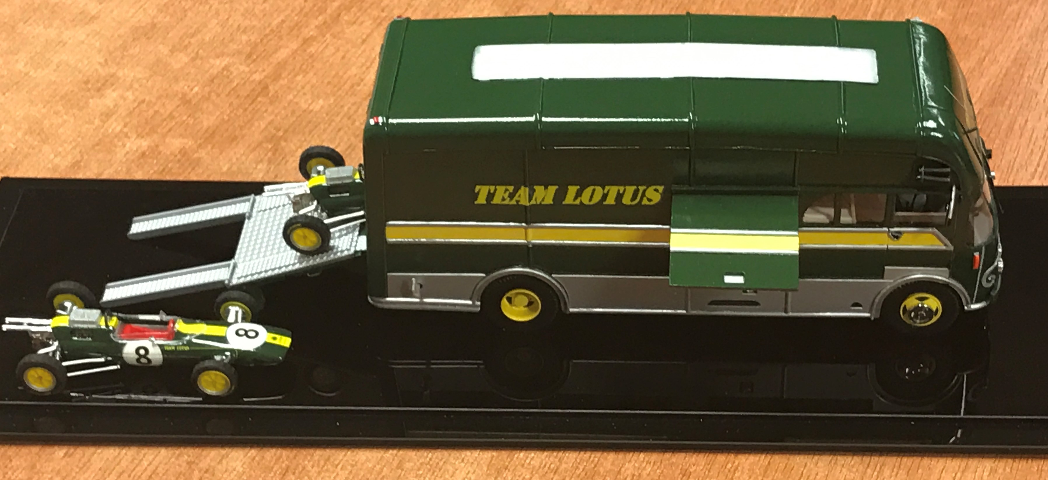 Scale Model Team Lotus Coach Built Bedford Transporter