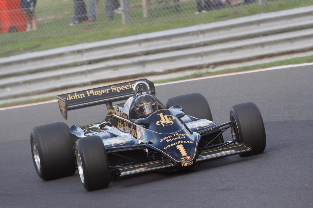 Thornton wins for Lotus at Brands